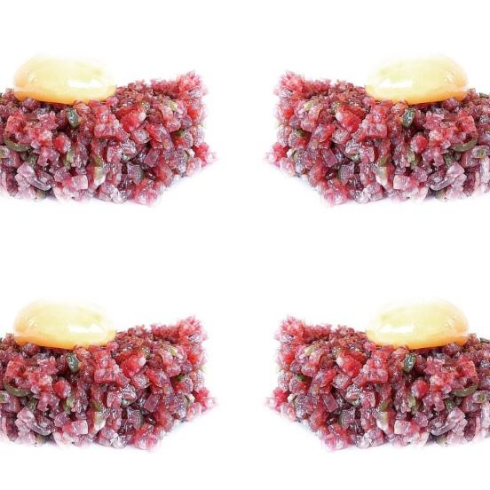 tartar-salchichon-yema-huevo